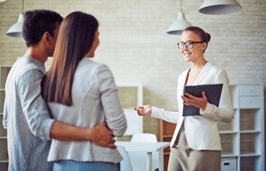 6 Ways New Real Estate Agents Can Master Communication