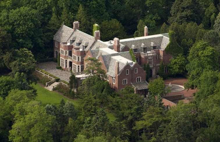Haunted houses for sale: Schweppe Mansion