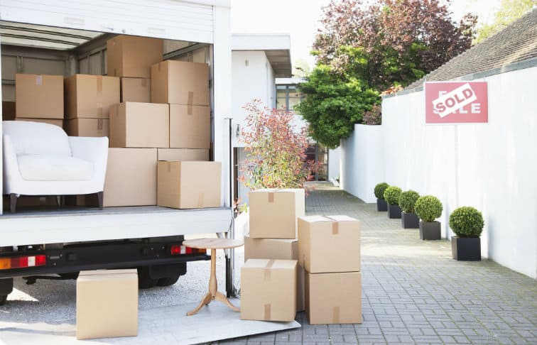 how much do real estate agents make relocation services
